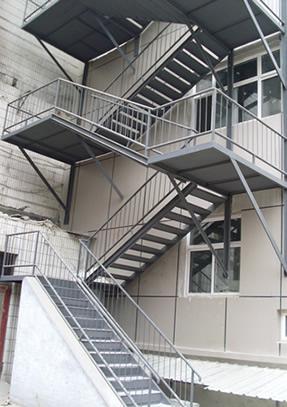 钢结构楼梯饰面